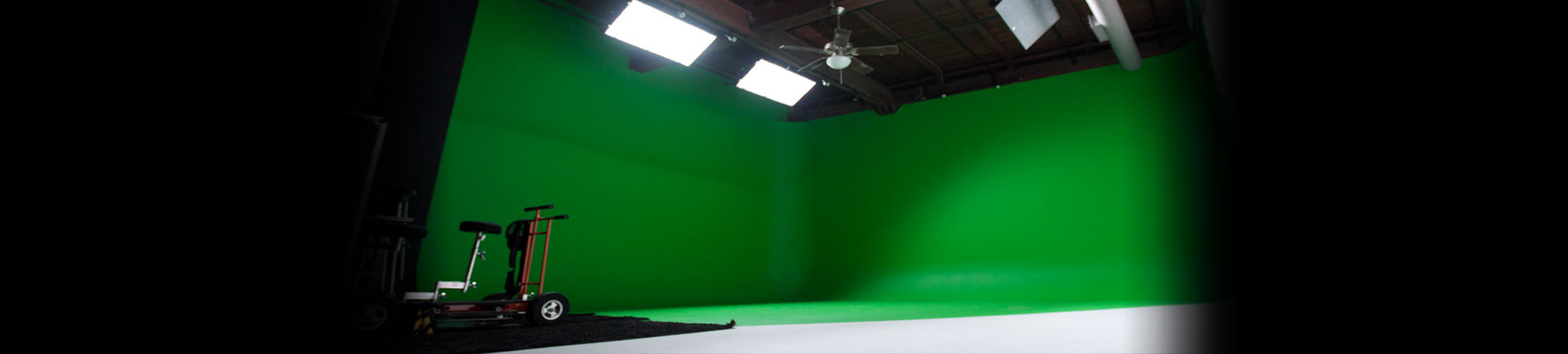 713 Music Green Screen