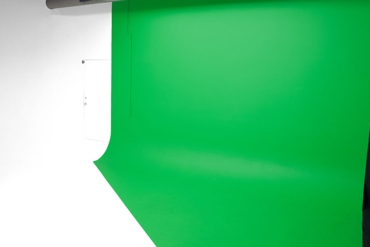 studio-713-cyclorama-room-green-cyc